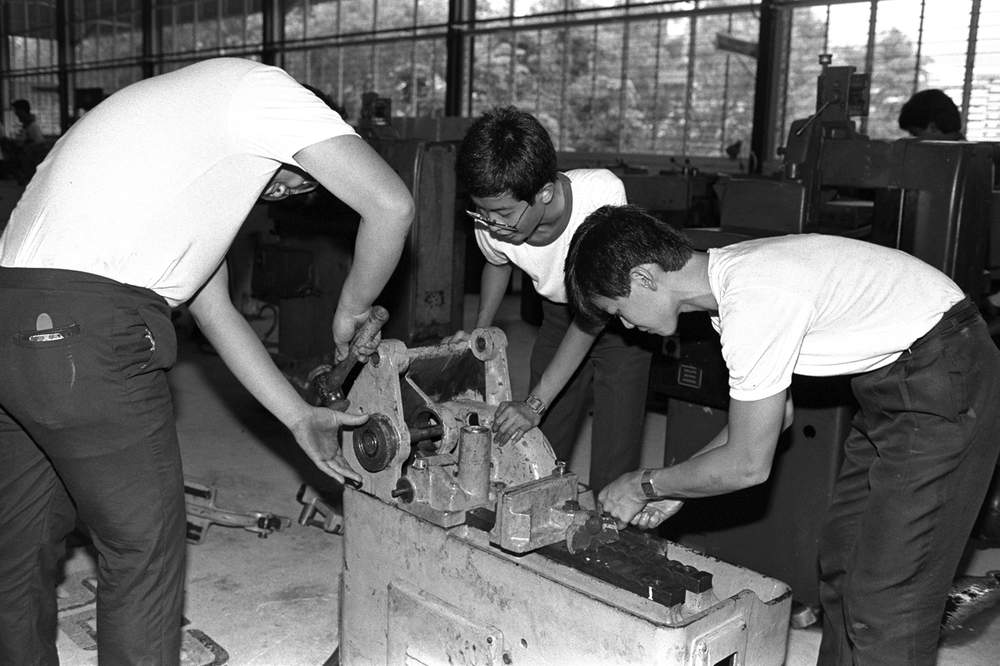 Students at the Vocational and Industrial Training Board (VITB) in 1986.