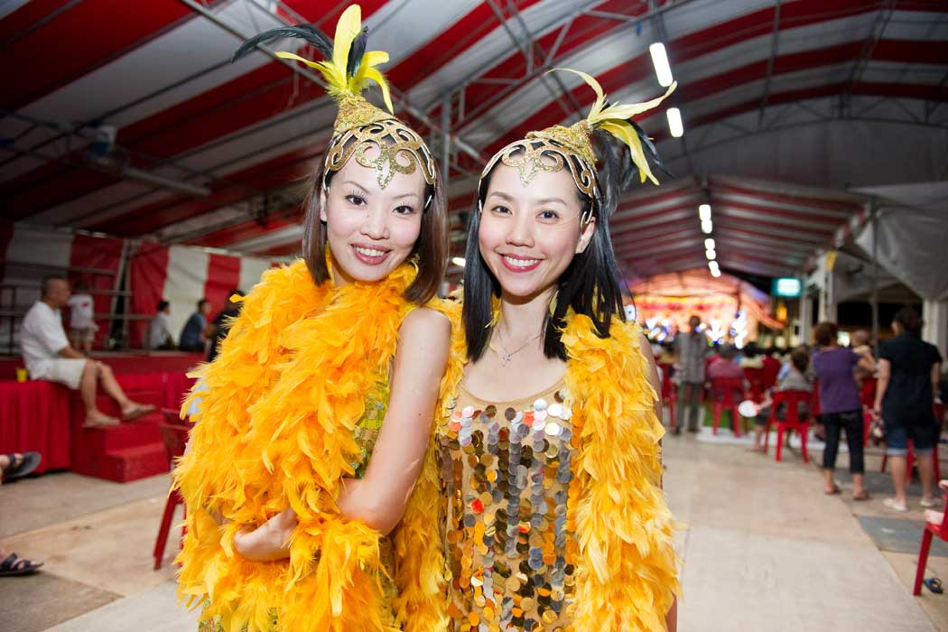 Public officers by day, getai dazzlers by night