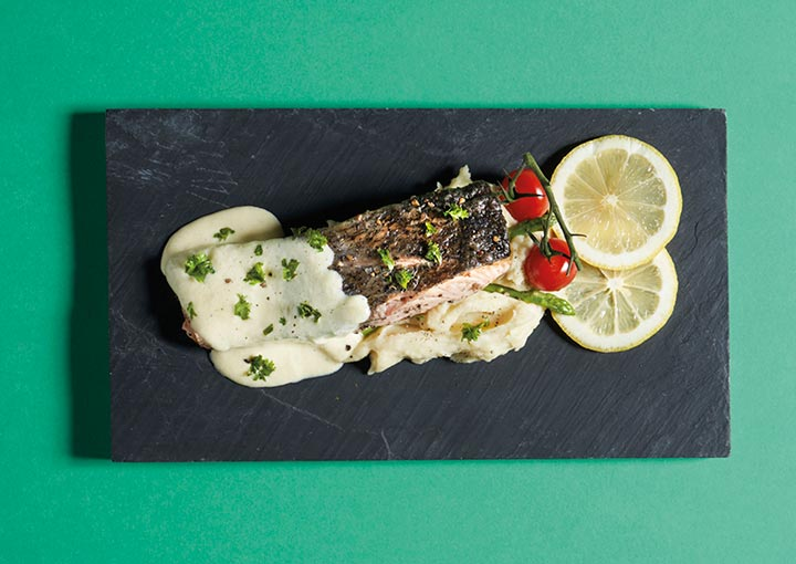 Seared Salmon with Creamy Lemon Butter
